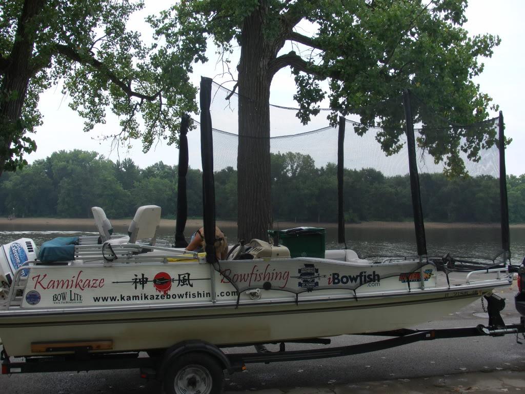 Boat Kamikaze Bowfishing
